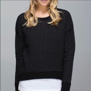 Lululemon 12 Yogi Crew Sweater Black White Wool